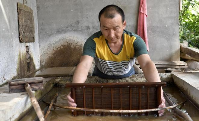 【陇人陇土】西和麻纸:千年造纸法焕新生